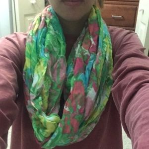 Lilly Pulitzer Riley Scarf